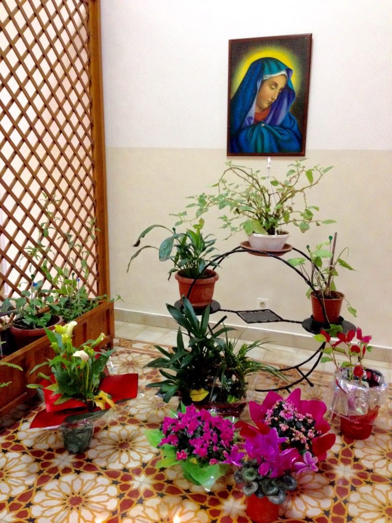 Indoor shrine for the Virgin Mary at Bhannes Hospital