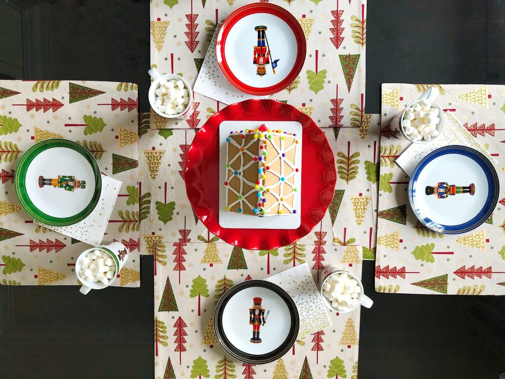 Christmas Table Runner and Placemats
